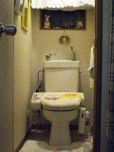 トイレ2階前.JPG