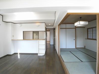高橋リビングキッチン和室後.JPG