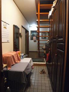 2階玄関.JPG