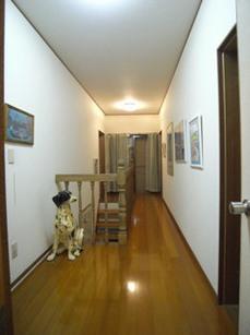 3階廊下前.JPG